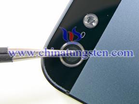 在iPhone 5的摄像头是由蓝宝石玻璃保护