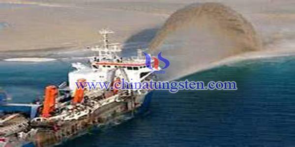 """挖泥船""""天鲸""""号造岛图片"""