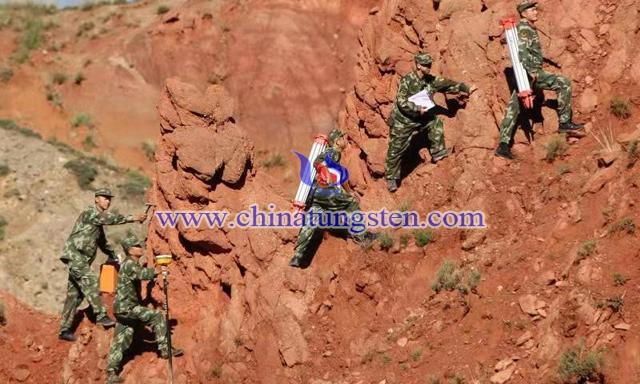 在平均海拔4500米青藏高原执行地勘任务的黄金六支队三大队