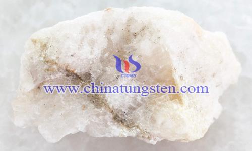 白鎢礦圖片