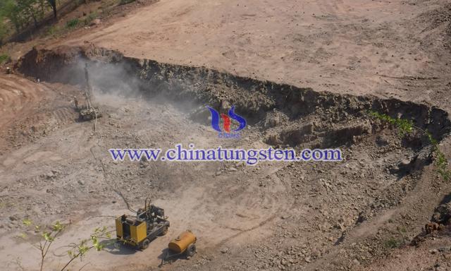 津巴布韦RHA钨矿图片