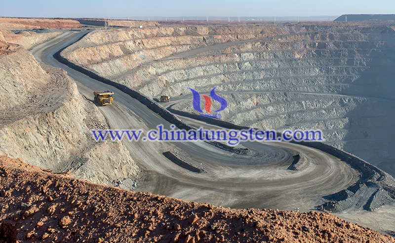 rare earth mining image