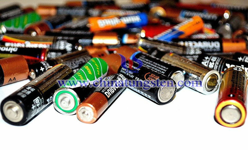 replace lithium with sodium in batteries image