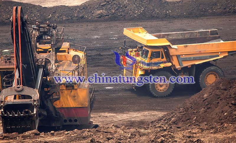 tungsten metal ore mining image