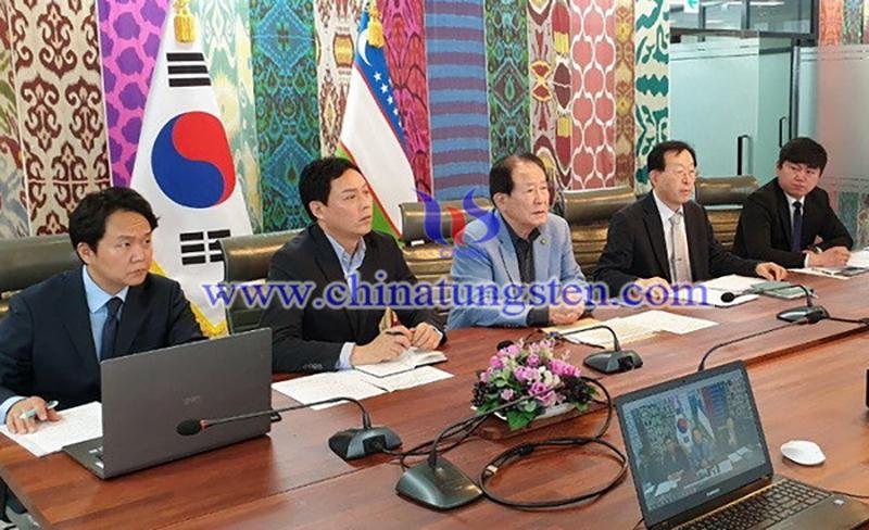 Representatives of Shindong Resources image