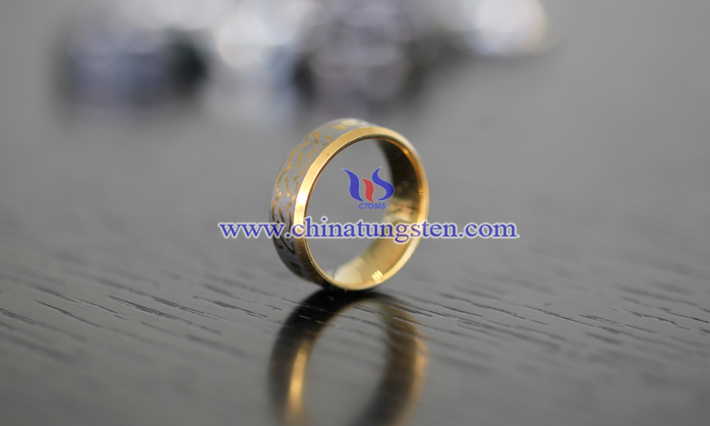 women tungsten golden ring picture