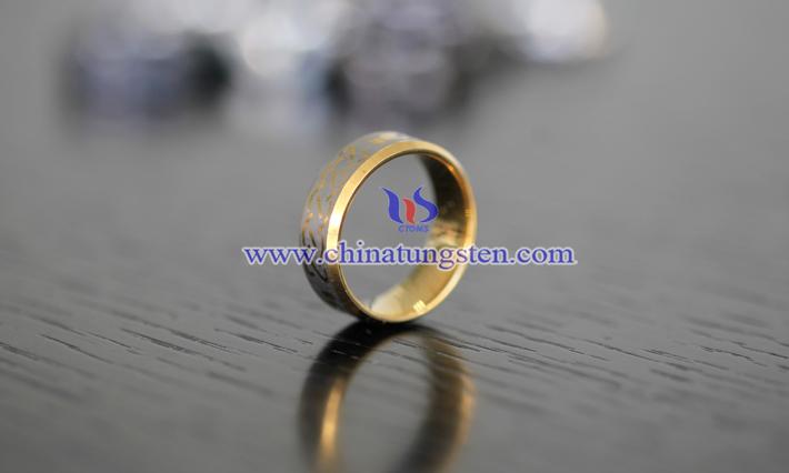女士鎢金戒指圖片